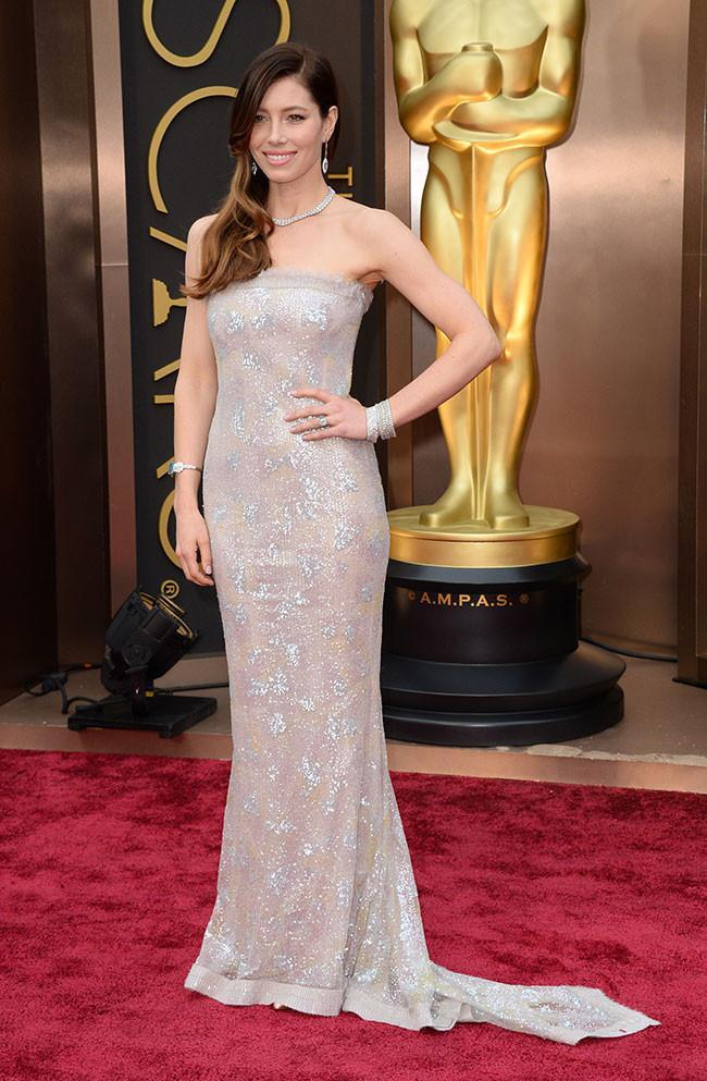 Expensive Dresses in Oscars