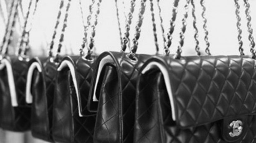 How to recognize an original from a fake Chanel bag