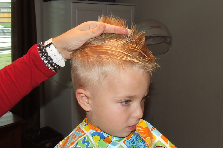 How to cut toddler boy hair with clippers